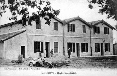 Les locaux de la Tabacoop peu après leur création.