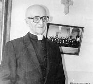 Monseigneur Duval, Evèque de Constantine en 1948
