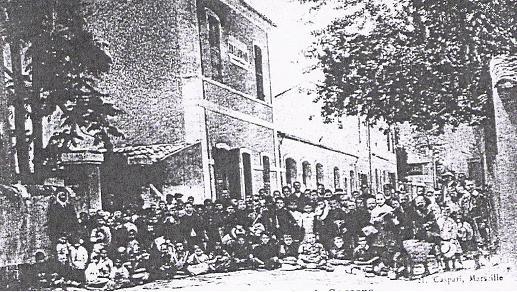 L`école de garçon dans la rue St Ambroise, à côté du Presbytère.