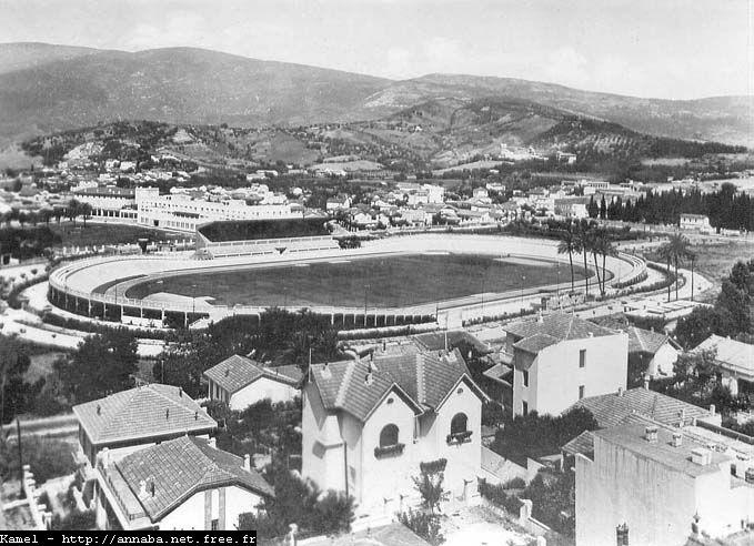 Vue d'ensemble du stade Pantaloni de Bône.
