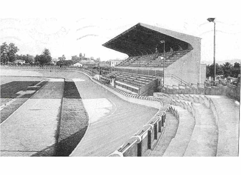 Les tribunes du stade